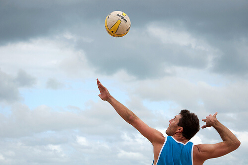 この画像は、サイトの記事「バレーボール サーブ 打ち方 ネットで話題 YouTube注目無料視聴動画ご紹介!」のイメージ写真画像として利用しています。