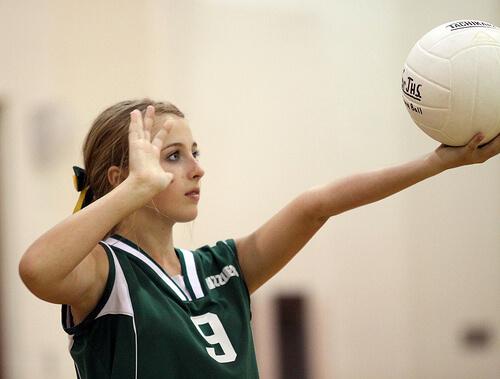 この画像は、サイトの記事「バレーボール 女子 中学 練習 ネットで話題 YouTube注目無料視聴動画ご紹介!」のイメージ写真画像として利用しています。